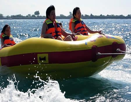 bali-wisata-bahari-water-sports-donut-boat-tour