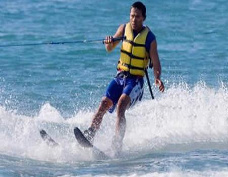 bali-wisata-bahari-water-sports-water-ski-tour