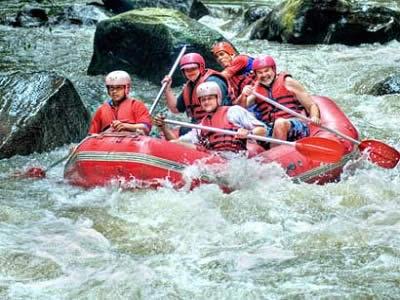 wisata-bali-sungai-ayung-rafting-tour
