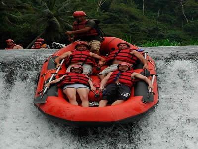 wisata-bali-sungai-telaga-waja-rafting-tour